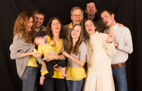 Thanksgiving Family Photoshoot – Sincerely